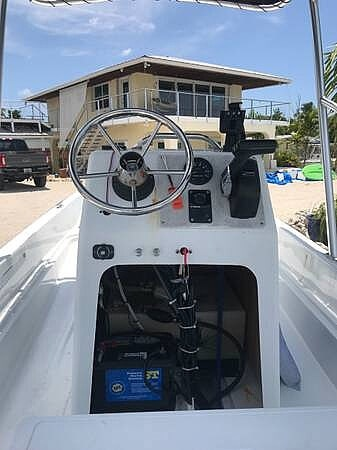 1988 Boston Whaler boat for sale, model of the boat is 15 & Image # 13 of 24