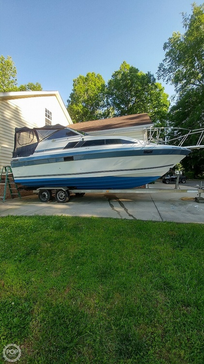 1986 Bayliner boat for sale, model of the boat is Ciera 26 & Image # 7 of 8