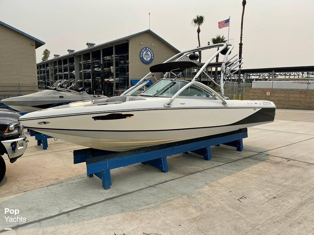 2007 Centurion boat for sale, model of the boat is Elite V C4 Air Warrior & Image # 2 of 40