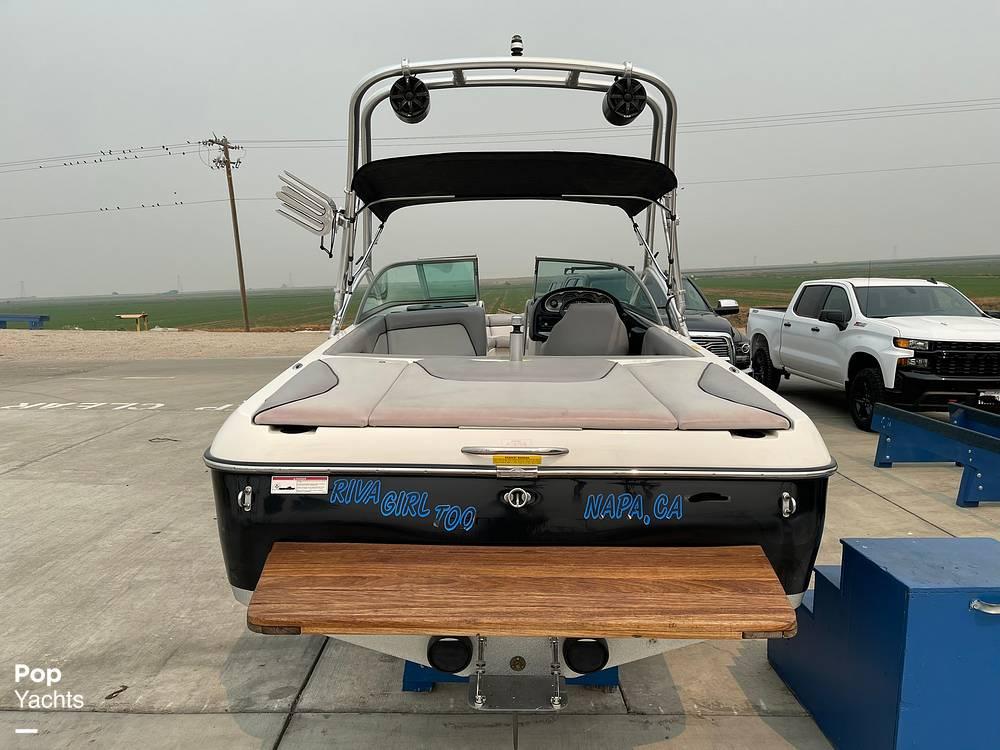 2007 Centurion boat for sale, model of the boat is Elite V C4 Air Warrior & Image # 8 of 40