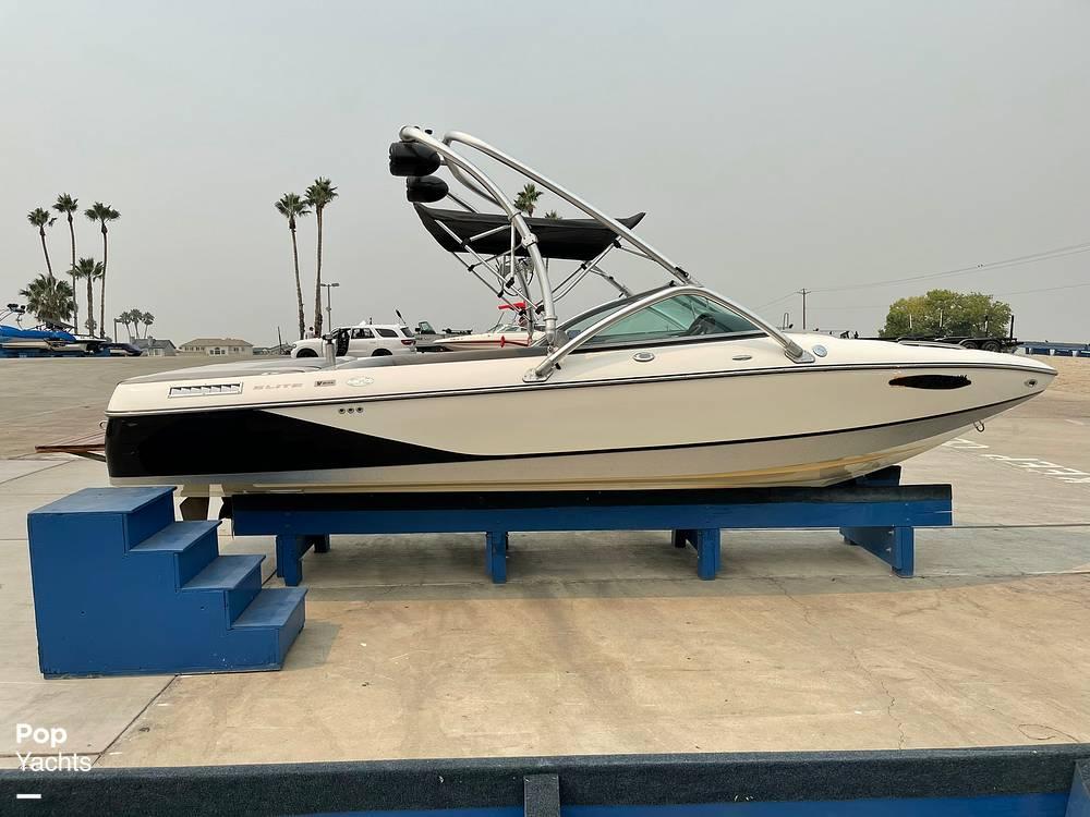 2007 Centurion boat for sale, model of the boat is Elite V C4 Air Warrior & Image # 11 of 40