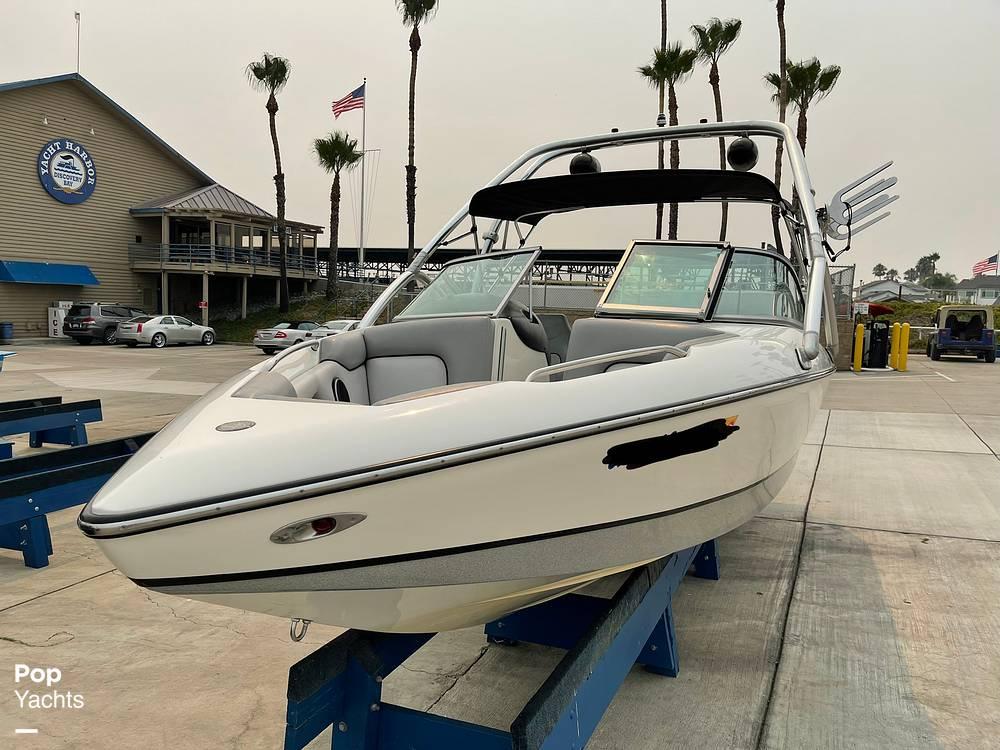 2007 Centurion boat for sale, model of the boat is Elite V C4 Air Warrior & Image # 24 of 40