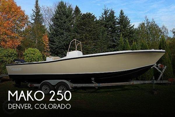 1977 Mako 250