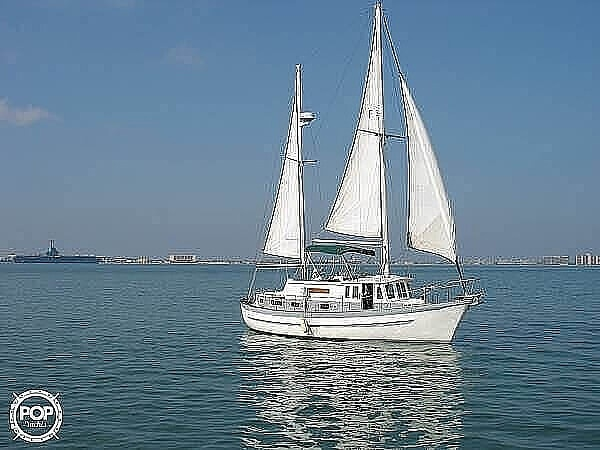 1976 Fales boat for sale, model of the boat is Navigator 38T & Image # 11 of 40