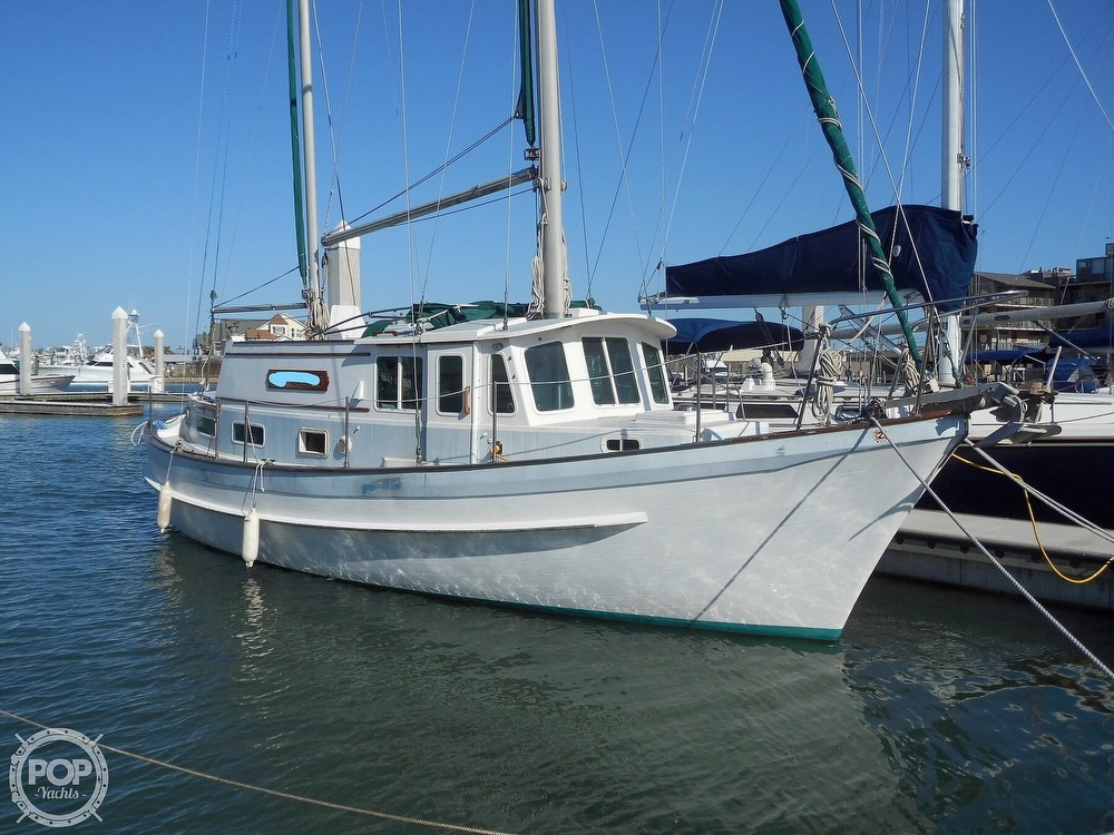 1976 Fales boat for sale, model of the boat is Navigator 38T & Image # 8 of 40