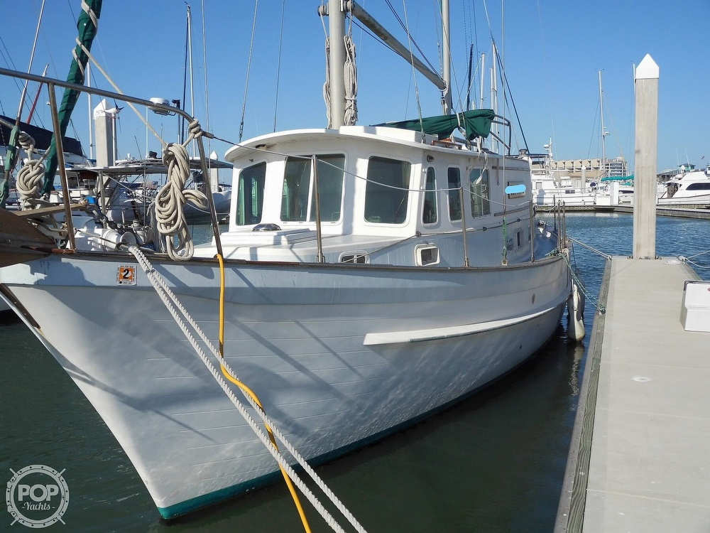 1976 Fales boat for sale, model of the boat is Navigator 38T & Image # 16 of 40