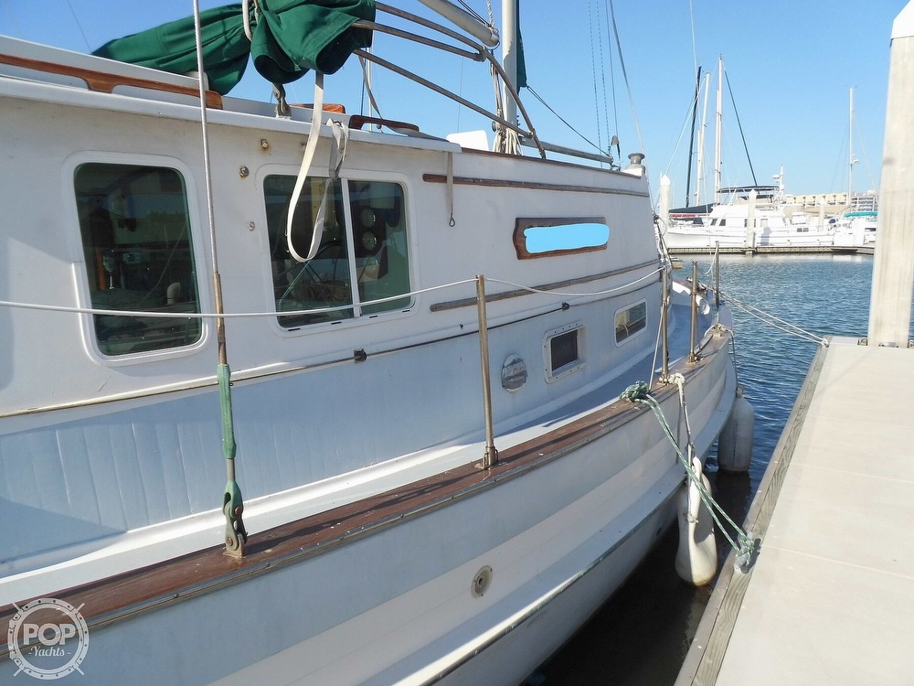 1976 Fales boat for sale, model of the boat is Navigator 38T & Image # 38 of 40