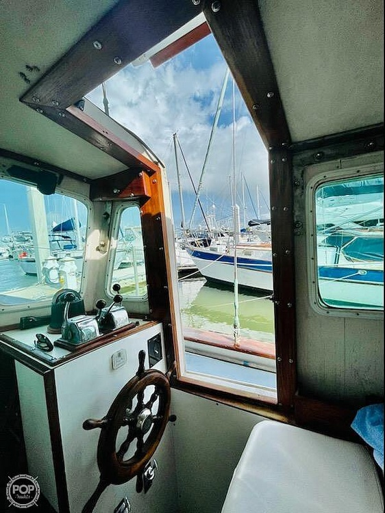 1976 Fales boat for sale, model of the boat is Navigator 38T & Image # 7 of 40