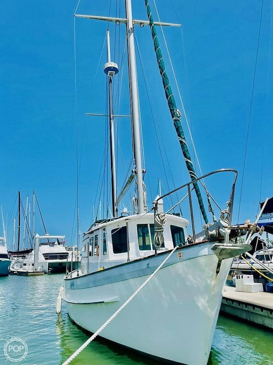 1976 Fales boat for sale, model of the boat is Navigator 38T & Image # 3 of 40