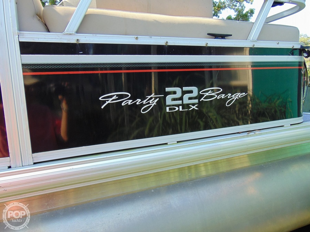 2015 Sun Tracker boat for sale, model of the boat is 22 DLX Party Barge & Image # 25 of 40