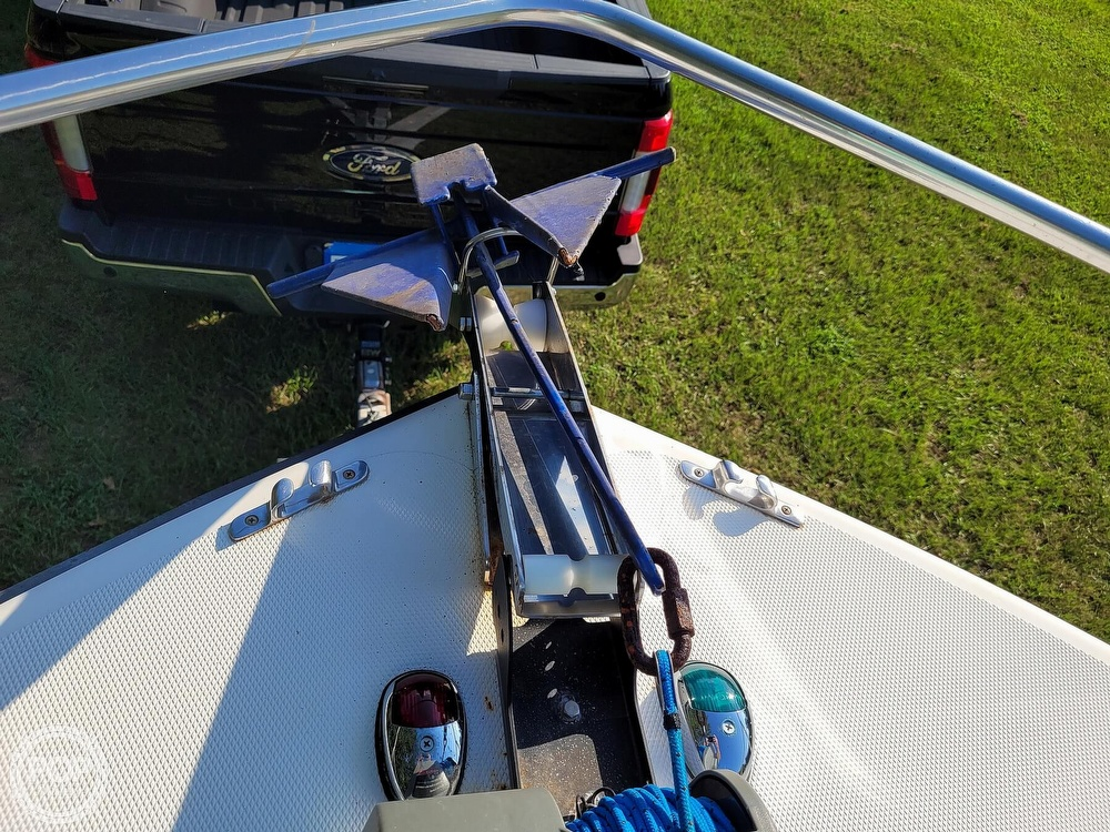 2001 Kencraft boat for sale, model of the boat is 235 Challenger & Image # 5 of 40