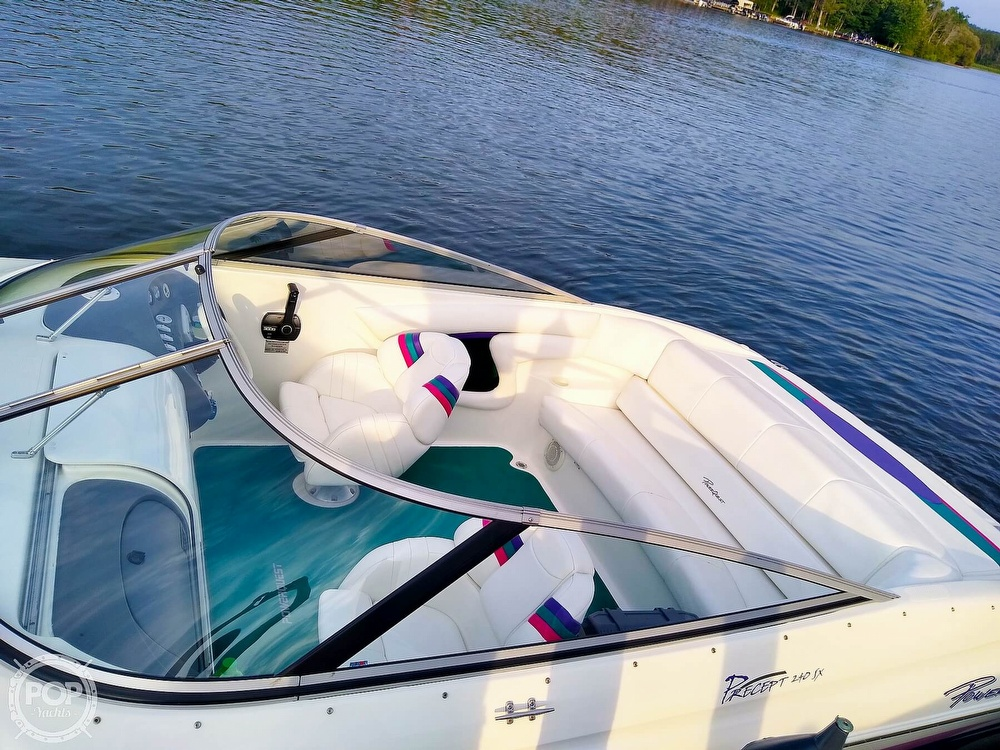 1997 Powerquest boat for sale, model of the boat is Precept 240 SX & Image # 2 of 40