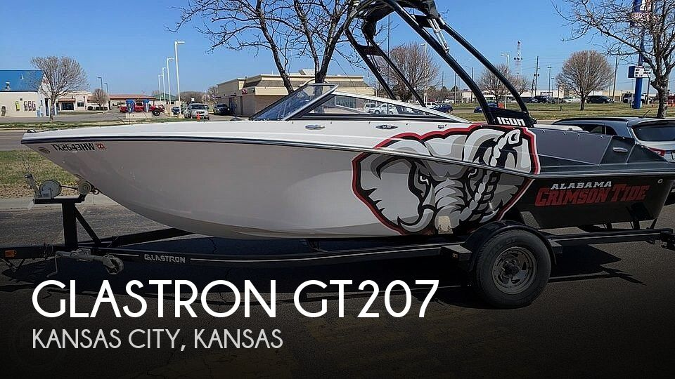 Used Power boats For Sale in Kansas by owner | 2015 Glastron GT207