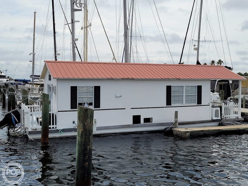 2007 Catamaran Cruisers boat for sale, model of the boat is 42x12 Aqua Lodge & Image # 13 of 40