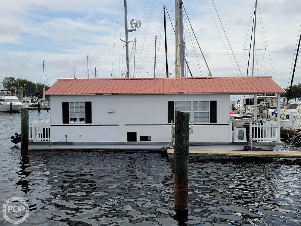 2007 Catamaran Cruisers boat for sale, model of the boat is 42x12 Aqua Lodge & Image # 2 of 40