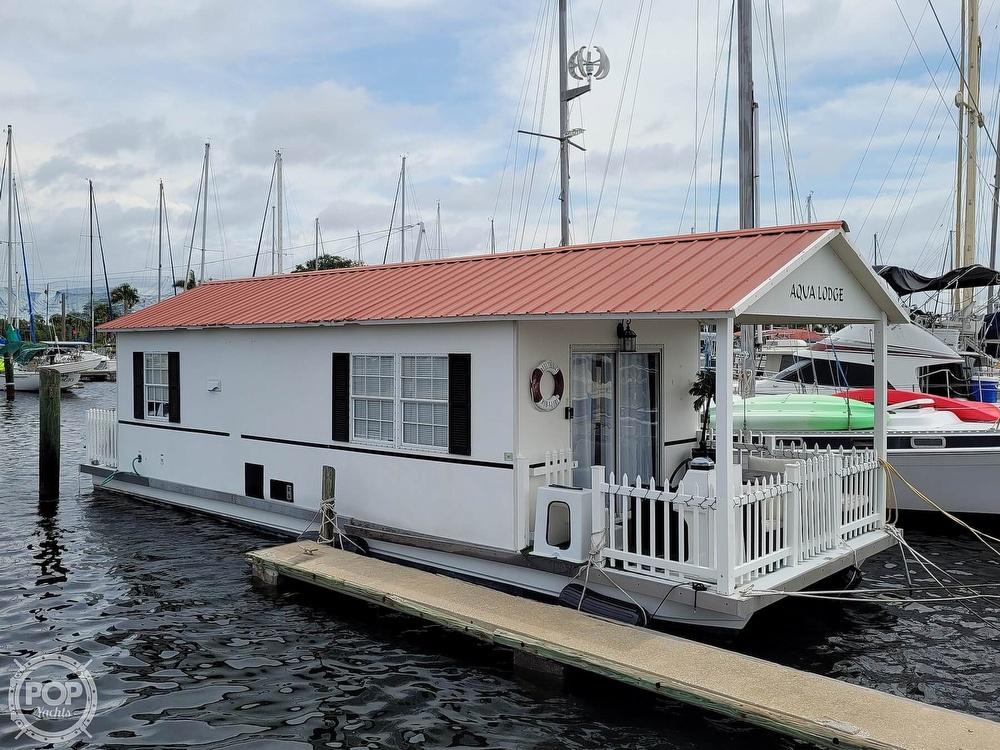 2007 Catamaran Cruisers boat for sale, model of the boat is 42x12 Aqua Lodge & Image # 14 of 40