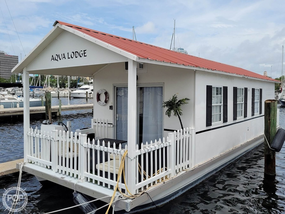 2007 Catamaran Cruisers boat for sale, model of the boat is 42x12 Aqua Lodge & Image # 16 of 40
