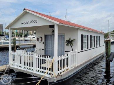 2007 Catamaran Cruisers 42x12 Aqua Lodge - #1