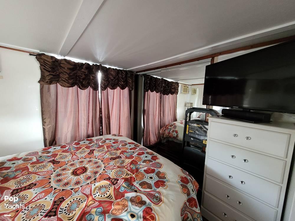 2007 Catamaran Cruisers boat for sale, model of the boat is 42x12 Aqua Lodge & Image # 11 of 40