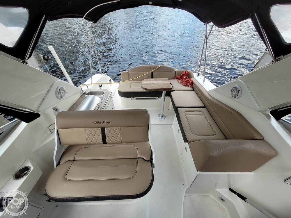 2016 Sea Ray boat for sale, model of the boat is 310 Sundancer & Image # 3 of 40