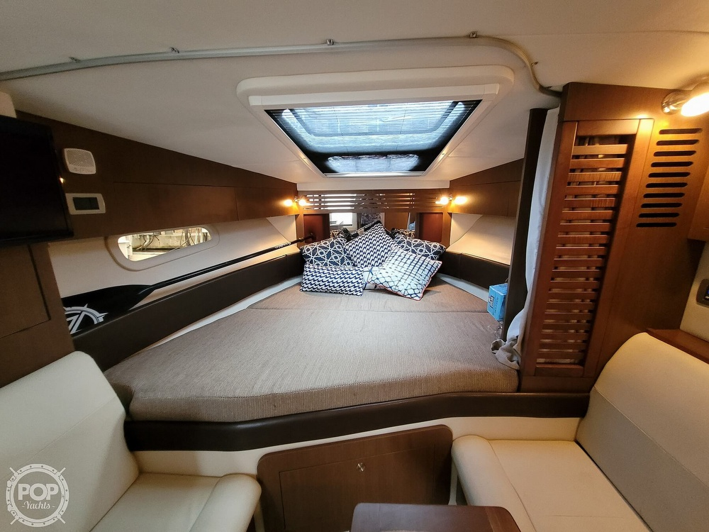 2016 Sea Ray boat for sale, model of the boat is 310 Sundancer & Image # 5 of 40