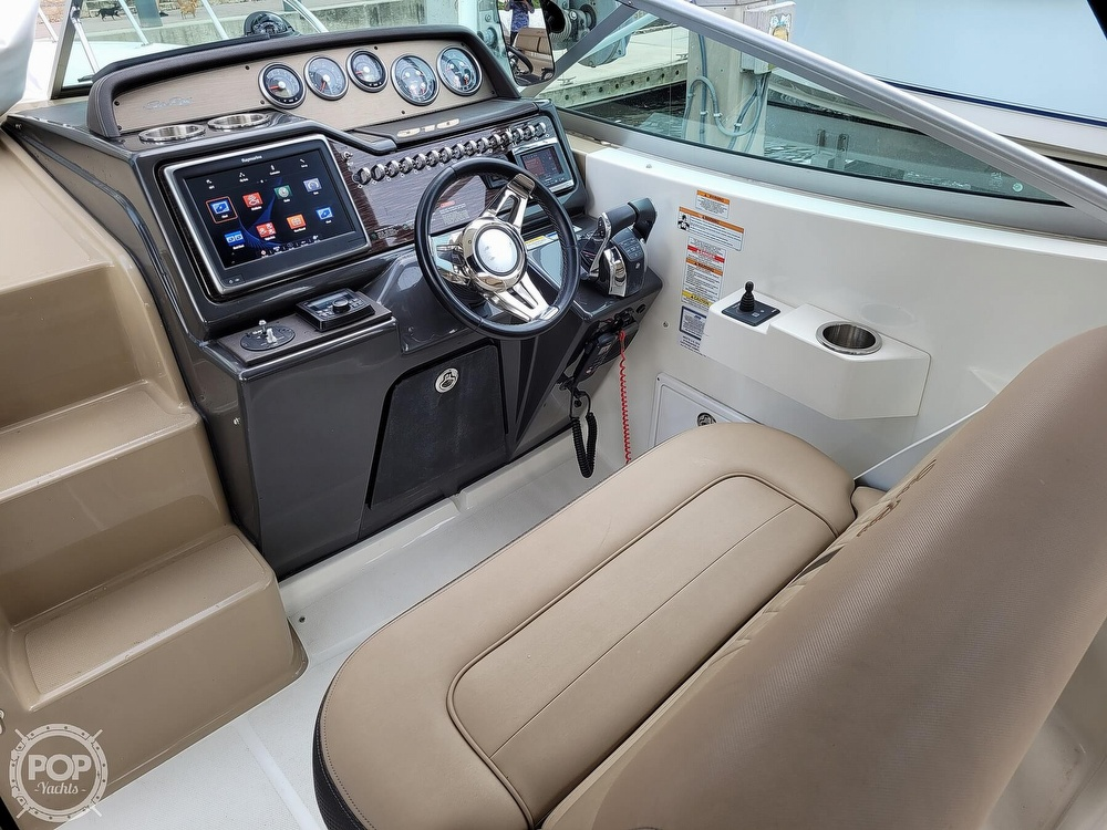 2016 Sea Ray boat for sale, model of the boat is 310 Sundancer & Image # 38 of 40
