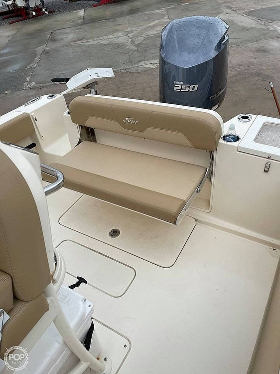 2019 Scout boat for sale, model of the boat is 235 XSF & Image # 3 of 40
