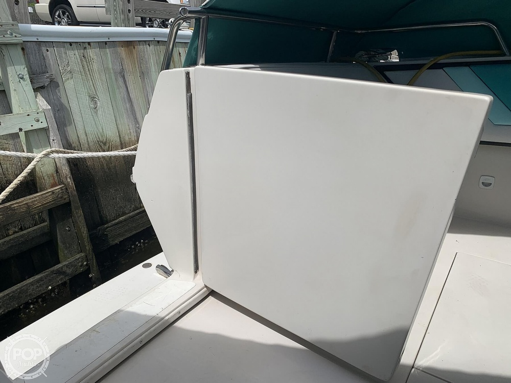 1989 Wellcraft boat for sale, model of the boat is 3200 St. Tropez & Image # 21 of 40