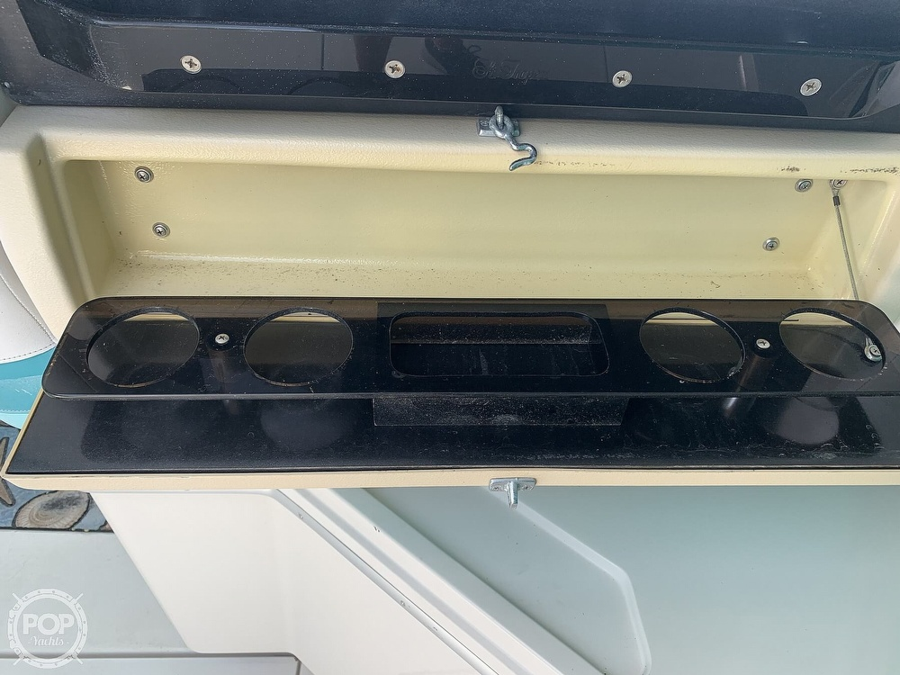 1989 Wellcraft boat for sale, model of the boat is 3200 St. Tropez & Image # 24 of 40