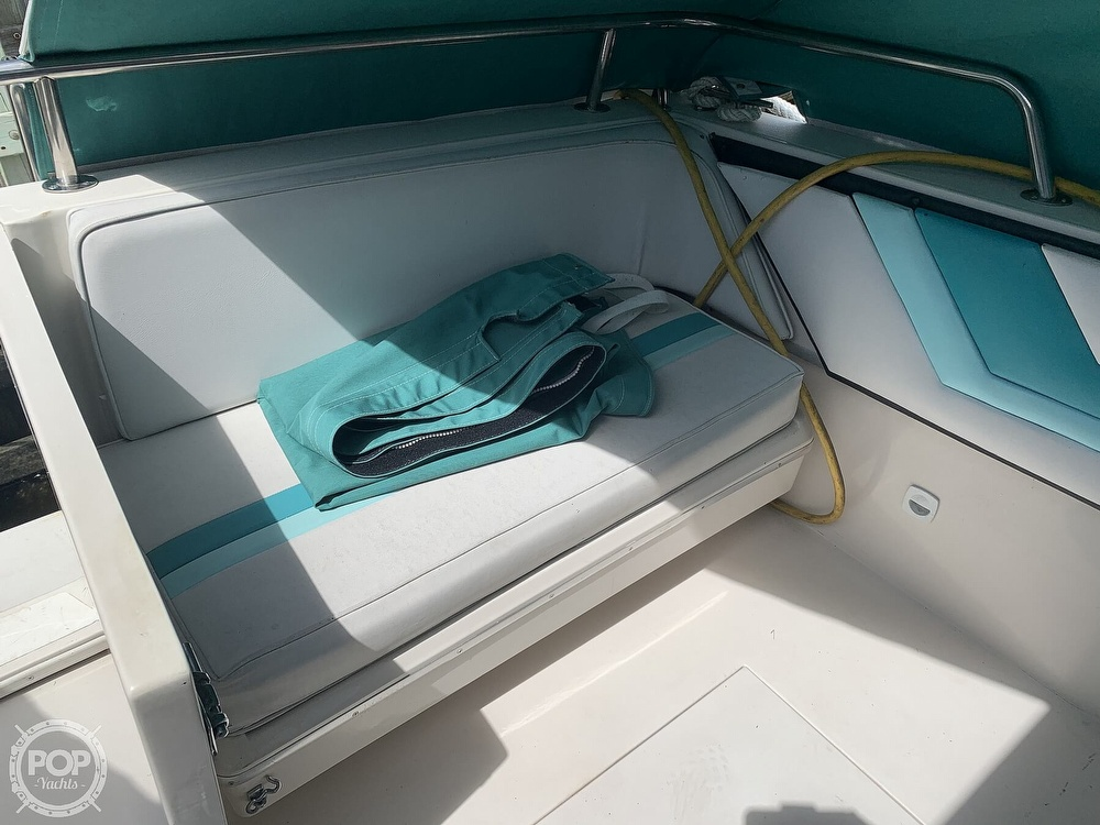 1989 Wellcraft boat for sale, model of the boat is 3200 St. Tropez & Image # 25 of 40