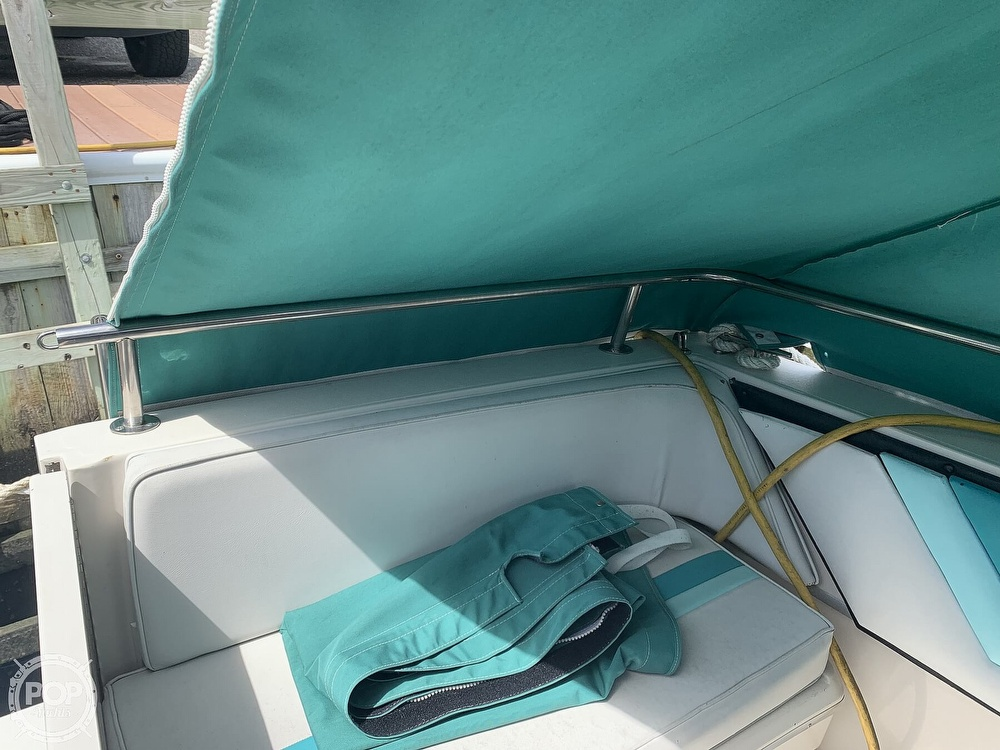1989 Wellcraft boat for sale, model of the boat is 3200 St. Tropez & Image # 26 of 40
