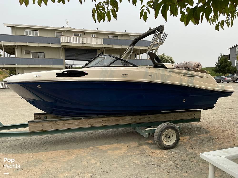 2017 Bayliner boat for sale, model of the boat is VR5 & Image # 3 of 40