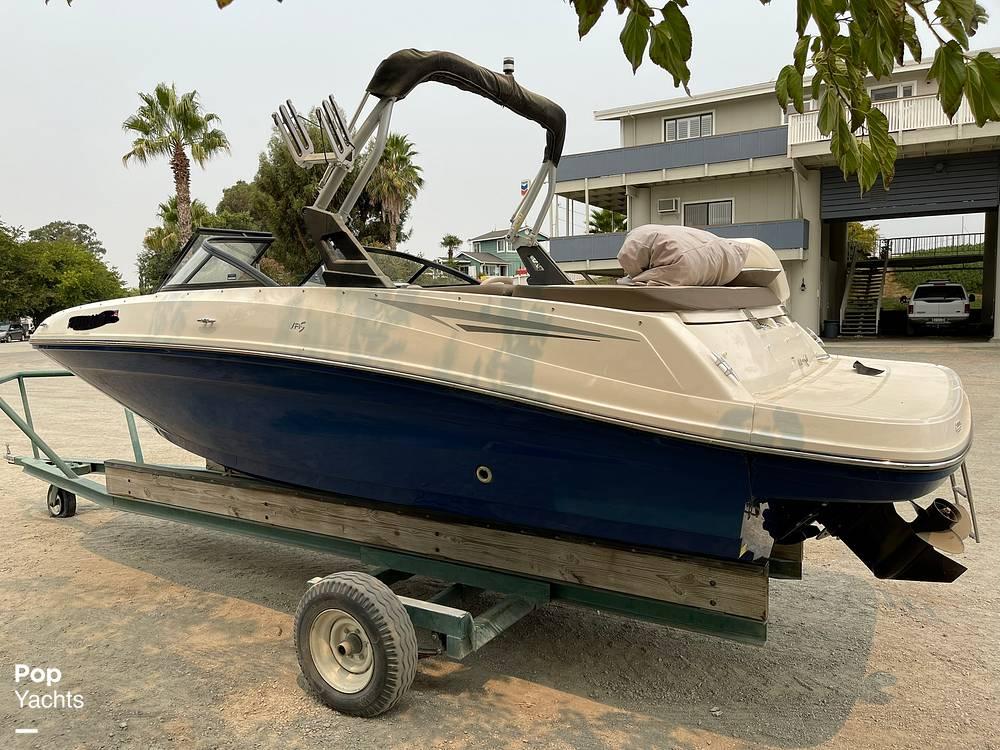 2017 Bayliner boat for sale, model of the boat is VR5 & Image # 5 of 40