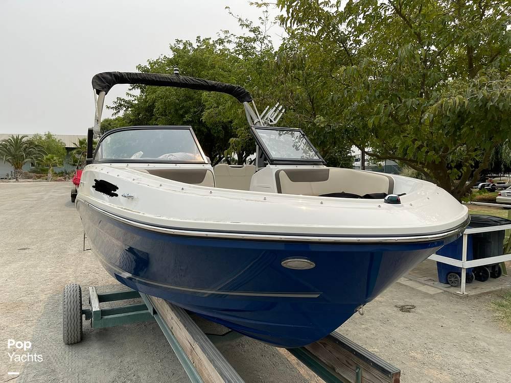 2017 Bayliner boat for sale, model of the boat is VR5 & Image # 13 of 40