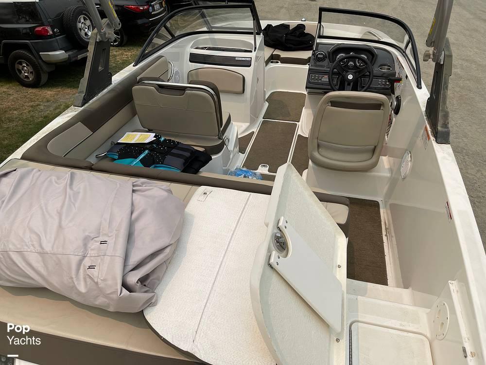 2017 Bayliner boat for sale, model of the boat is VR5 & Image # 32 of 40