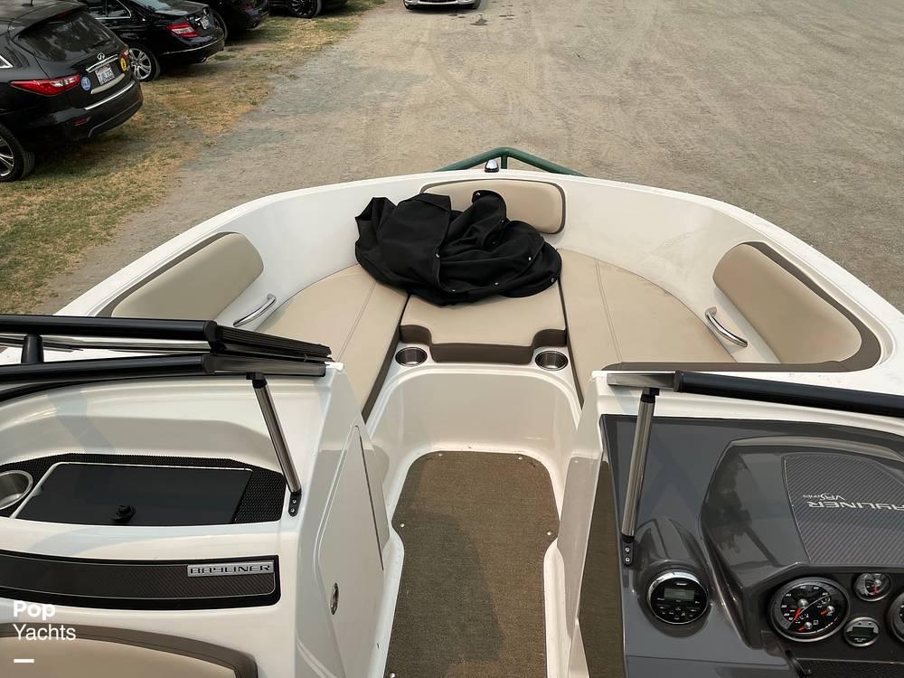 2017 Bayliner boat for sale, model of the boat is VR5 & Image # 35 of 40