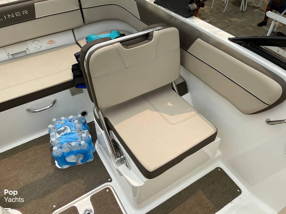 2017 Bayliner boat for sale, model of the boat is VR5 & Image # 37 of 40