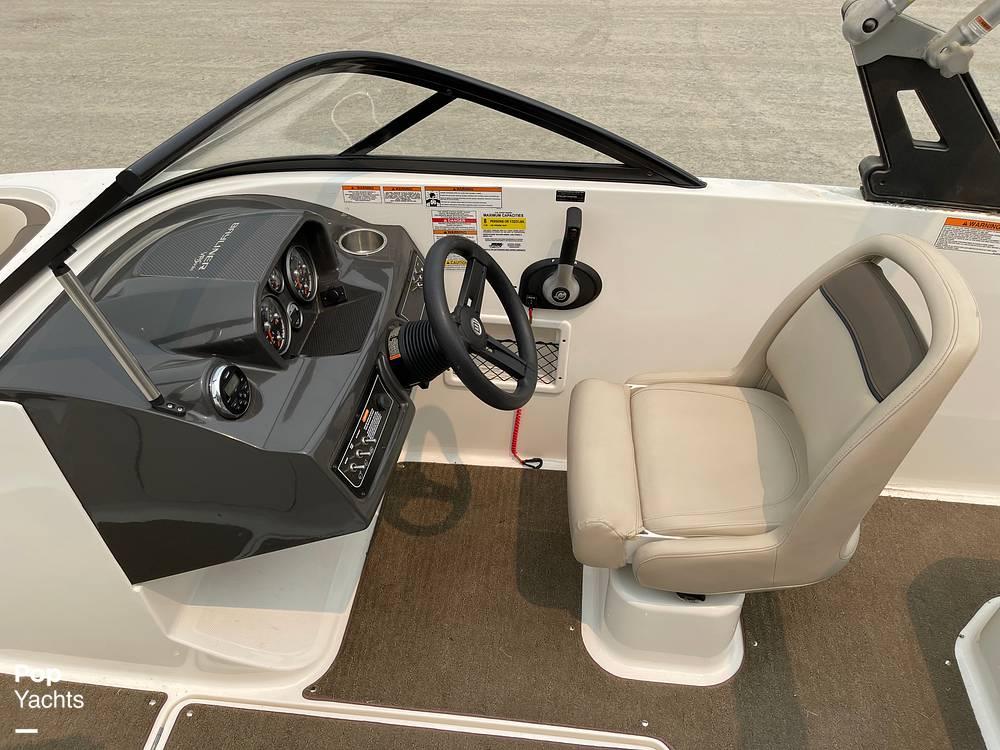 2017 Bayliner boat for sale, model of the boat is VR5 & Image # 39 of 40