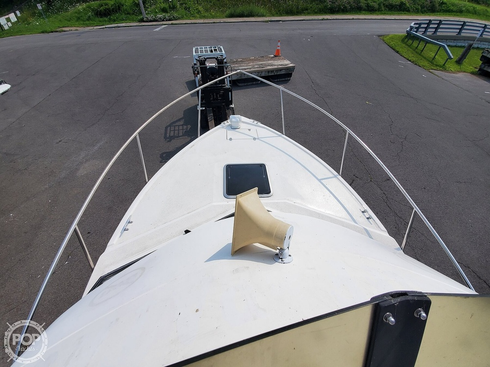 2001 Penn Yan boat for sale, model of the boat is 269 Legend & Image # 33 of 40