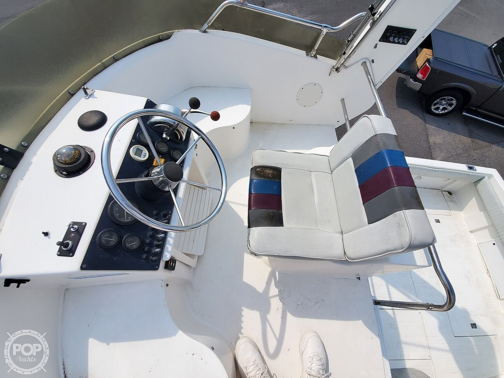 2001 Penn Yan boat for sale, model of the boat is 269 Legend & Image # 35 of 40