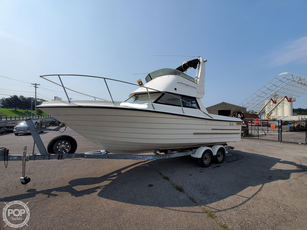 2001 Penn Yan boat for sale, model of the boat is 269 Legend & Image # 2 of 40