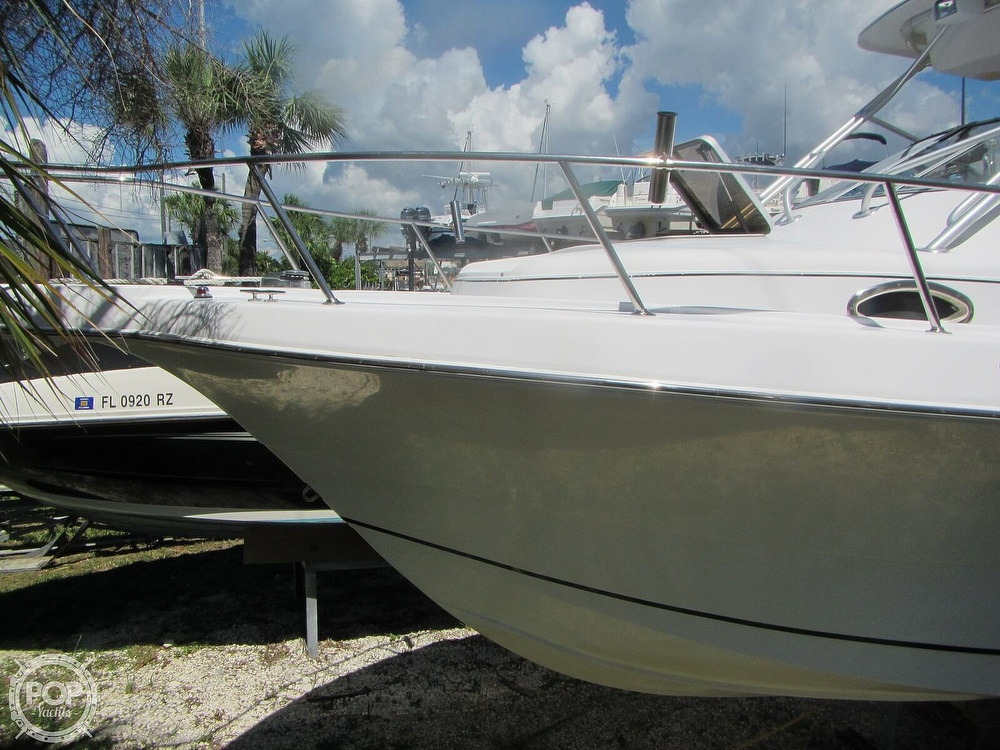 1999 Pro-Line boat for sale, model of the boat is 2950 Walkaround & Image # 13 of 40