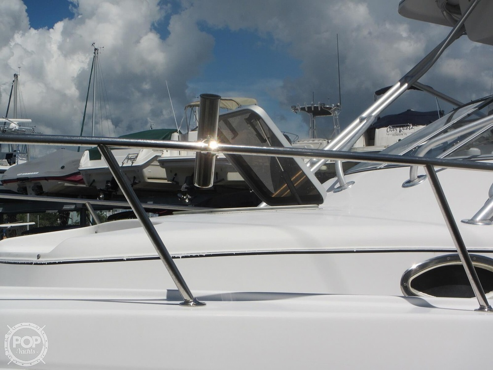 1999 Pro-Line boat for sale, model of the boat is 2950 Walkaround & Image # 15 of 40