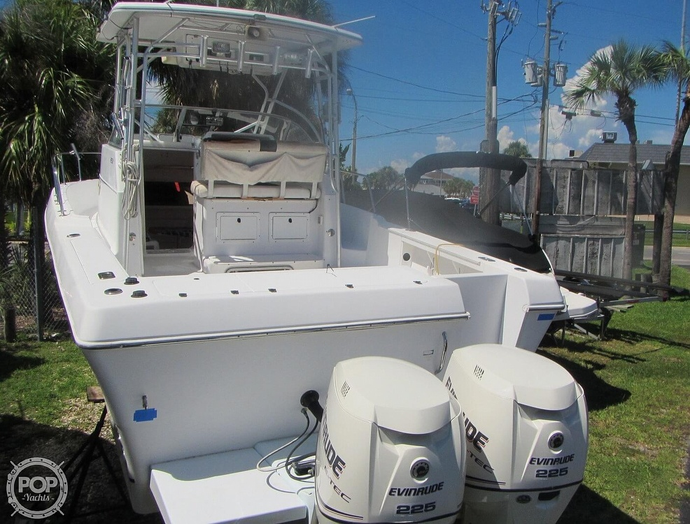 1999 Pro-Line boat for sale, model of the boat is 2950 Walkaround & Image # 18 of 40