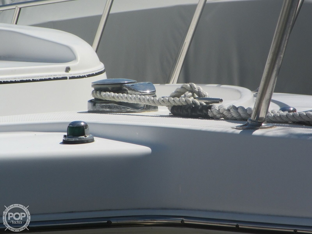 1999 Pro-Line boat for sale, model of the boat is 2950 Walkaround & Image # 26 of 40