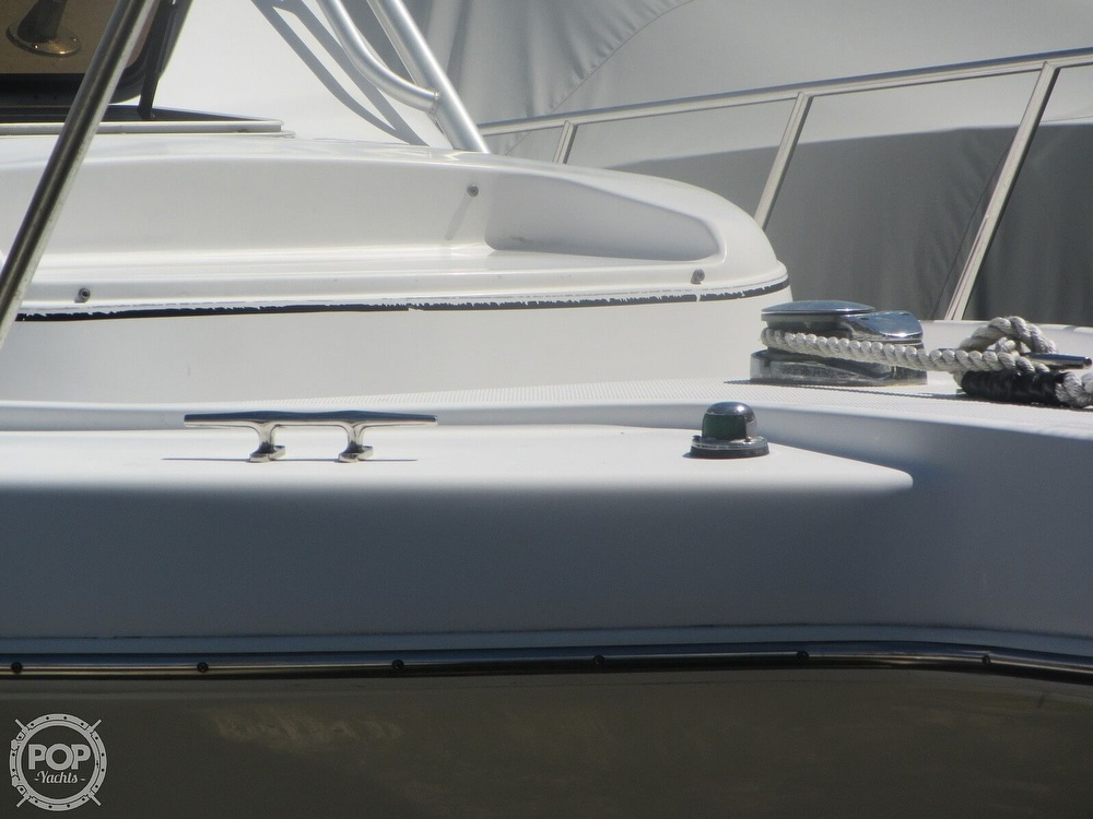 1999 Pro-Line boat for sale, model of the boat is 2950 Walkaround & Image # 27 of 40