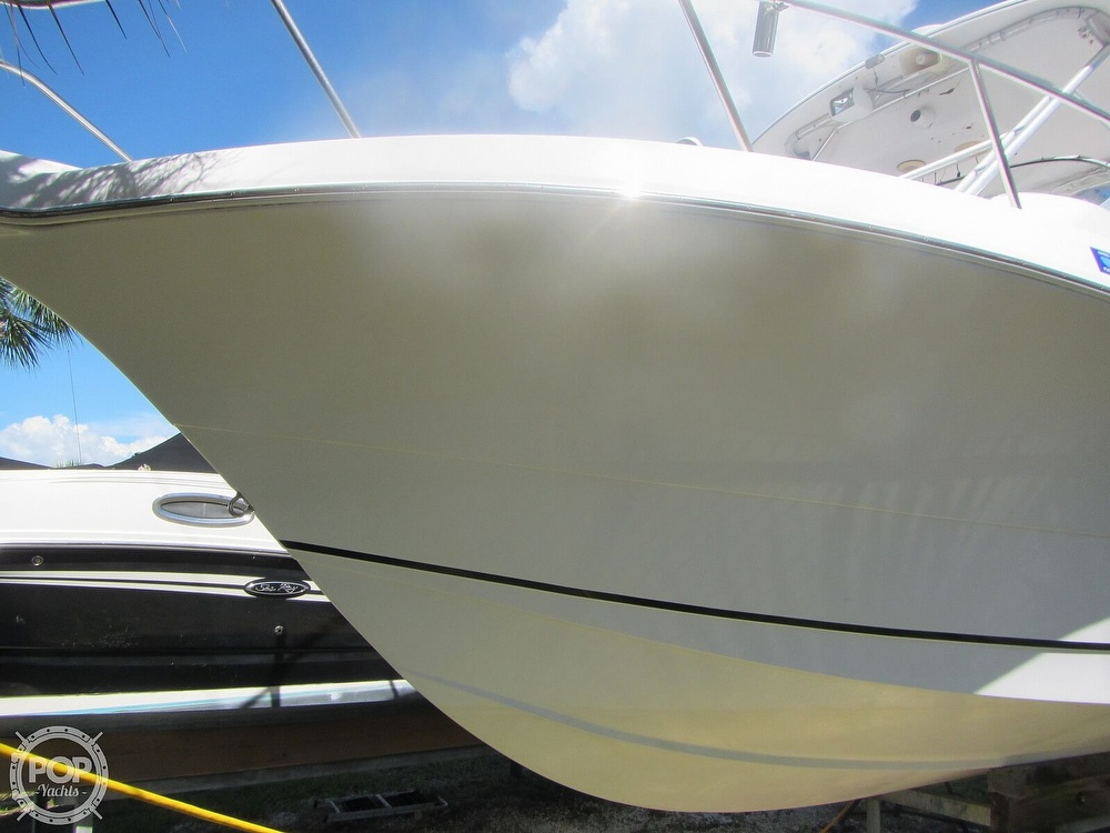 1999 Pro-Line boat for sale, model of the boat is 2950 Walkaround & Image # 33 of 40