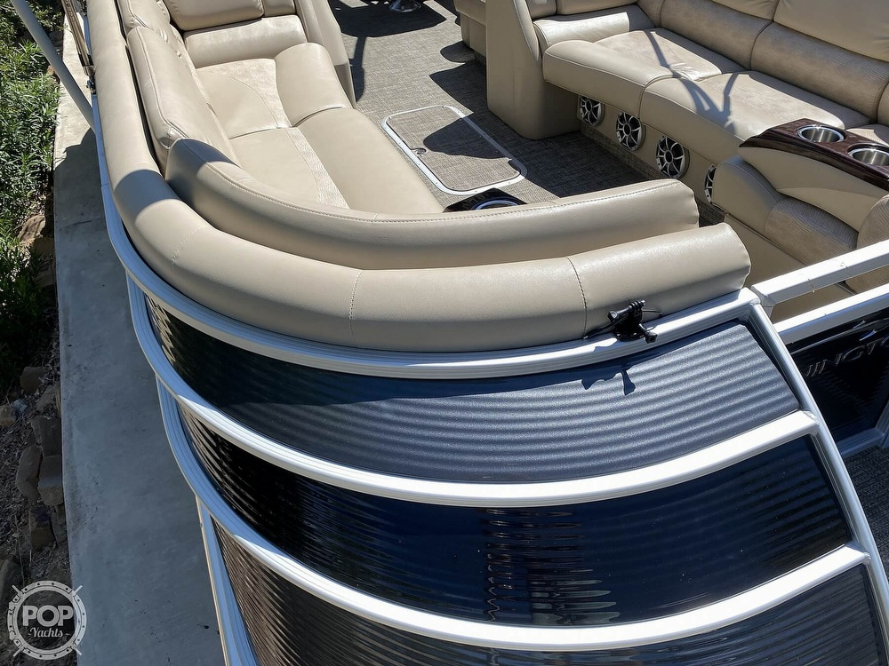 2016 Bennington boat for sale, model of the boat is 2875 QCW & Image # 28 of 40