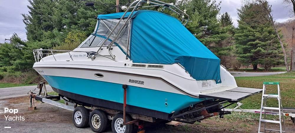 1994 Rinker boat for sale, model of the boat is 280 Fiesta Vee & Image # 2 of 14