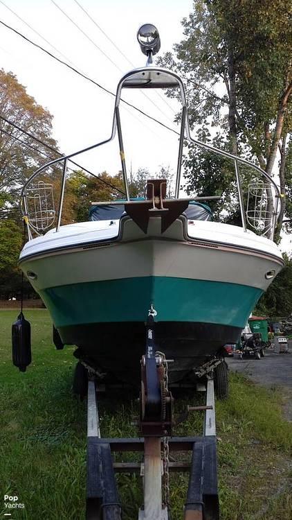 1994 Rinker boat for sale, model of the boat is 280 Fiesta Vee & Image # 3 of 14
